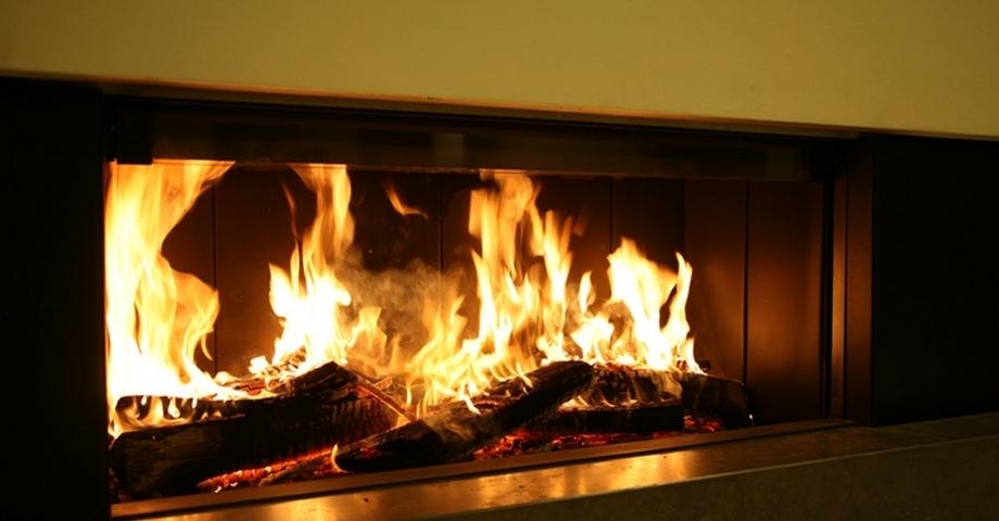 Chimenea le a chimeneas carmelo blanco for Molduras para chimeneas